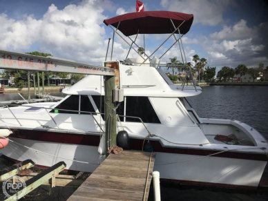 Silverton 34 convertible, 33', for sale - $17,750