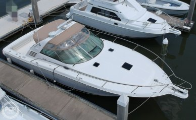 Sea Ray 370 Express Cruiser, 37', for sale - $59,000