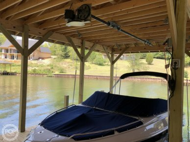 Crownline 200 LS, 20', for sale - $28,400