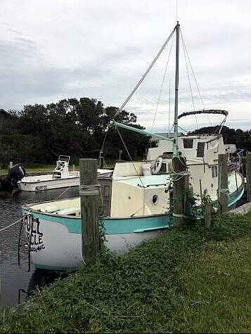 Fales 32, 31', for sale - $23,750