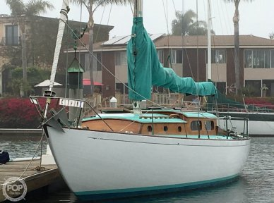 Kettenburg K40, 39', for sale - $24,750