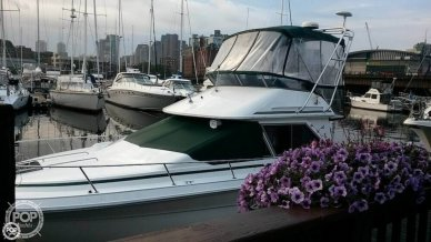 Sea Ray 300 Sedan Bridge, 31', for sale - $16,500