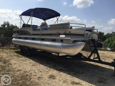 Sun Tracker Regency Party Barge 27', 26', for sale - $15,000
