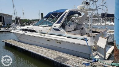 Sea Ray 340 Express Cruiser, 35', for sale - $19,750
