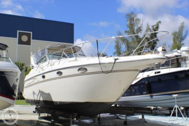 Maxum 3000 SCR, 32', for sale - $24,750