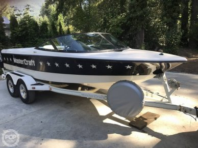 Mastercraft ProStar 19 Skier, 19, for sale