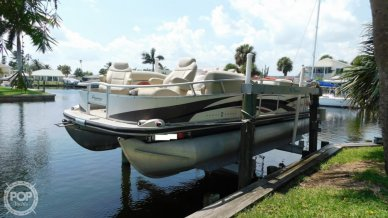 Sun Tracker 22 Party Barge Regency Edition, 22, for sale - $15,000