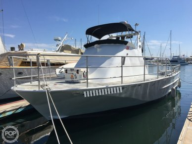 Campbell 38, 40', for sale - $63,400