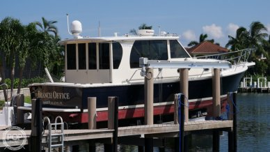 Mainship 34 Pilot, 36', for sale - $175,000