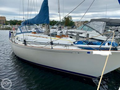 C & C Yachts 35 Landfall, 35, for sale