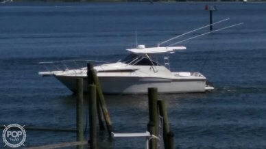 Wellcraft 330 Coastal, 330, for sale - $49,000