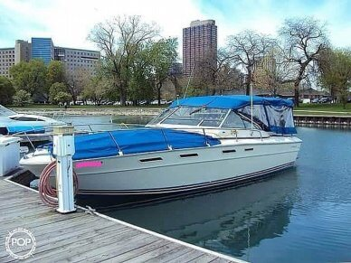 Sea Ray 300 Weekender, 300, for sale - $19,300