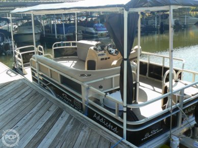 Tracker 20 Fishing/Camping 211, 20, for sale - $25,000