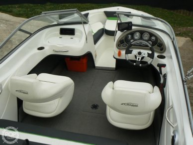 Captain's Chair, Steering Wheel