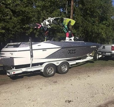 Axis A22, 21', for sale - $68,900