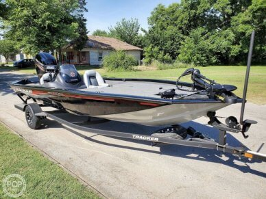 Tracker PRO TEAM 195 TXW 40th Anniversary Edition, 195, for sale - $26,250