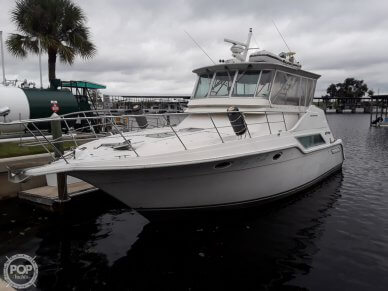 Cruisers 4280 Express Bridge, 4280, for sale - $65,000