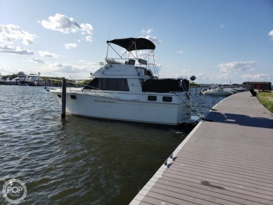 Carver 3207, 32', for sale - $15,750