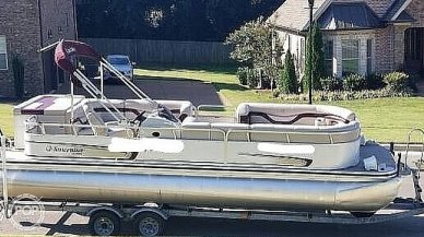 Lowe Suncruiser LS 240, 240, for sale - $22,750
