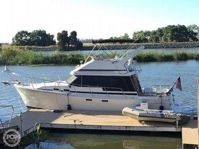 Bayliner EXPLORER 3270 - Double Cabin Flybridge Motor Yacht, 3270, for sale