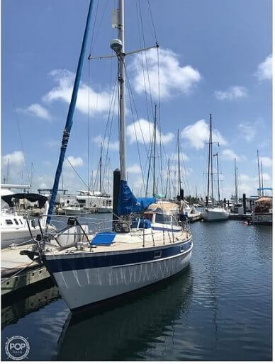 Hallberg-Rassy 352, 352, for sale - $93,400