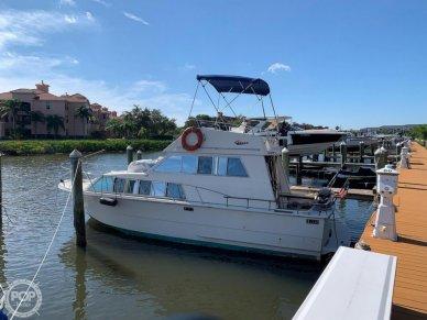 Carver 33 foot Voyager, 33, for sale - $15,000