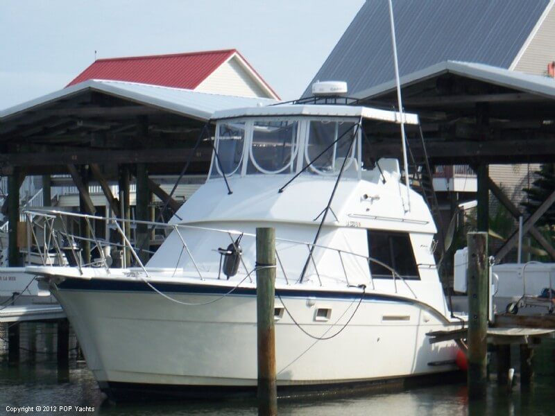 Hatteras 37 Convertible Sportfish Flybridge, 39', for sale - $35,000
