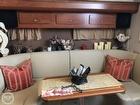 Mid Cabin Dinette