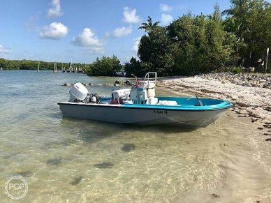 Boston Whaler Outrage, 18', for sale - $17,750