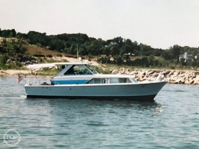 Chris-Craft 35, 35, for sale - $39,500