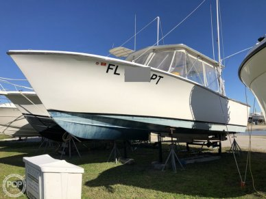 Pacemaker Day Boat, 30', for sale - $36,500