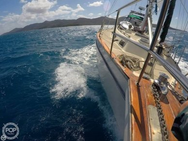 Island Packet 38 Cutter, 38, for sale - $85,000