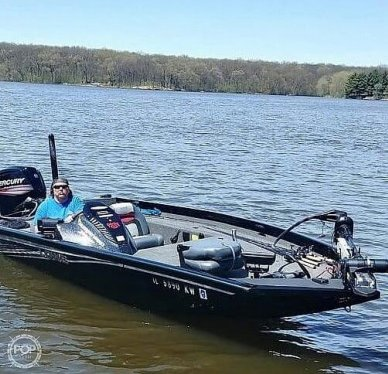 Lowe 17, 17, for sale - $27,800