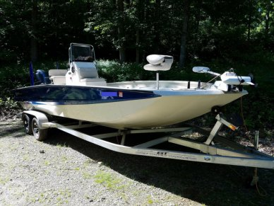 Xpress X23 Bay, 23, for sale
