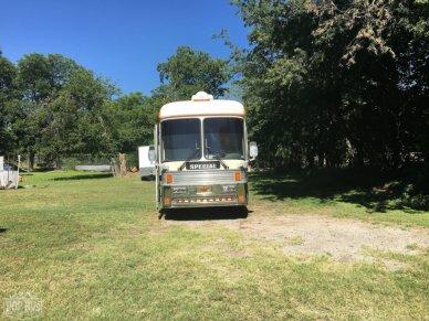 1988 Eagle Bus 15 - #2