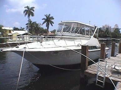 Cruisers Sedan Bridge 4280, 4280, for sale - $112,000