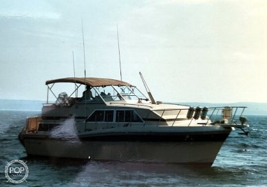 1982 Chris-Craft Catalina 381 - #2