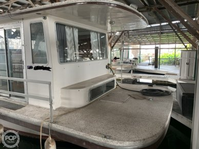 Front Starboard