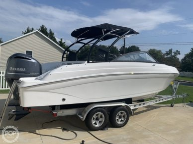 Rinker Q3, Q3, for sale - $61,750