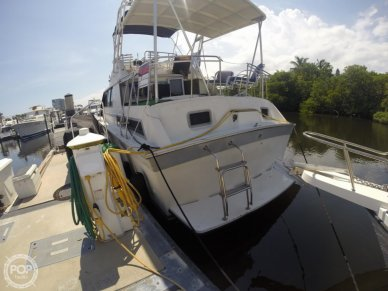 Silverton 40 Aft Cabin, 40', for sale - $31,000
