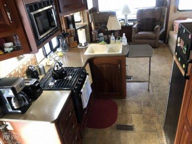 2011 Cougar 318SAB - #2