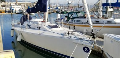 J Boats 105, 34', for sale - $54,900