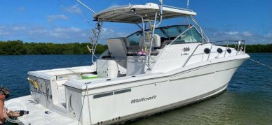 Wellcraft 33 Coastal, 33, for sale - $111,000