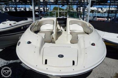 2004 Sea Ray 240 Sundeck - #2