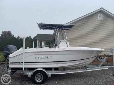 Robalo R180, 180, for sale - $40,000