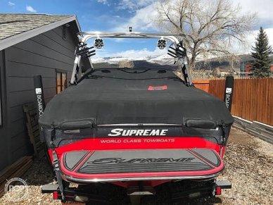 2015 Supreme S21 Surf Series - #2