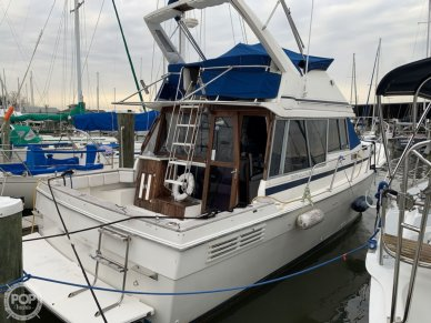Bayliner 3270 Motoryacht, 3270, for sale - $22,750