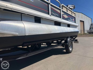 Sun Tracker Party Barge 18 DLX, 18, for sale - $27,800