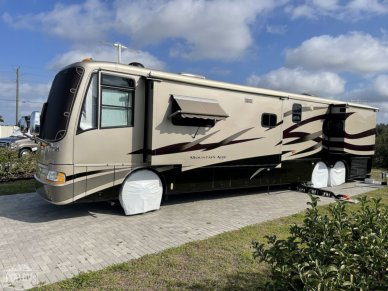 2004 Mountain Aire 4302 - #2