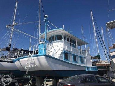 Custom Cruiser, 35', for sale - $50,000